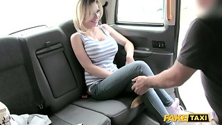 Blond girl with huge fake melons teases cabbie